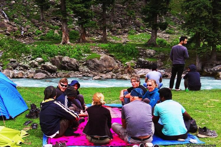 Trekking places of Kashmir