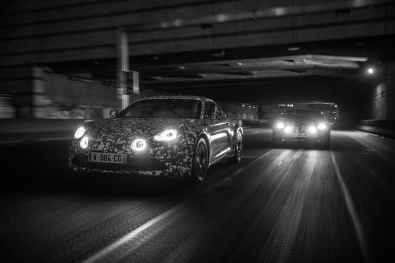 Alpine AS110 A110 Viree nocturne showroom 7 fevrier 2017 Team (26)