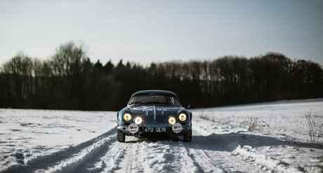 Alpine LAB et son Alpine A110 1300S Usine de 1968 Classic Driver - 2