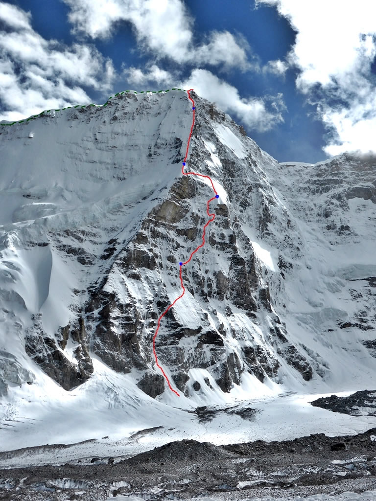 Topo of Nick Bullock and Paul Ramsden's North Buttress route (ED+ 1600m) on Nyainqentangla South East. Their descent on the east ridge is marked in green. [Photo] Nick Bullock