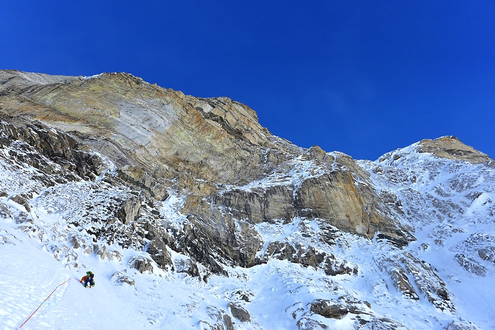 Bullock leading on day two, in which the climbers encountered the hardest pitches of the route. [Photo] Paul Ramsden