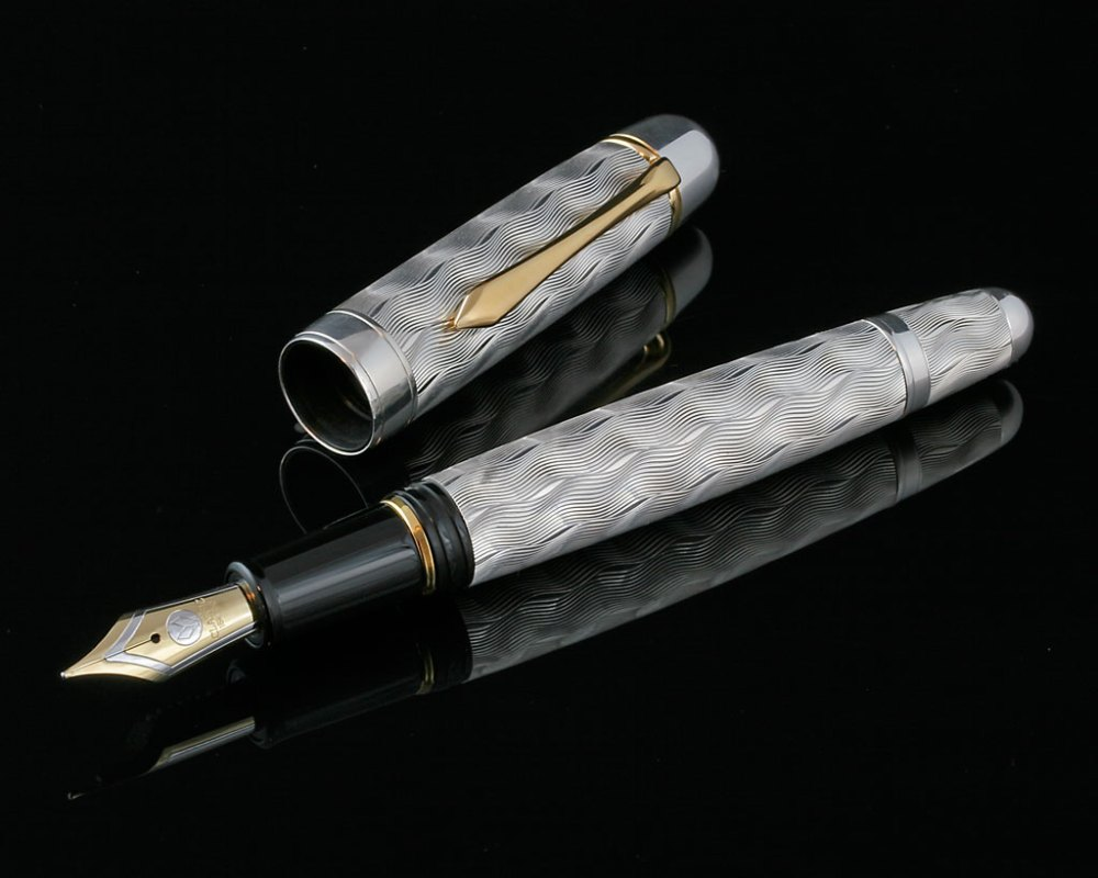 The snooty world of luxury pens (6/6)
