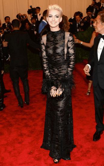 Anne Hathaway in Valentino rocking new bleached blonde locks