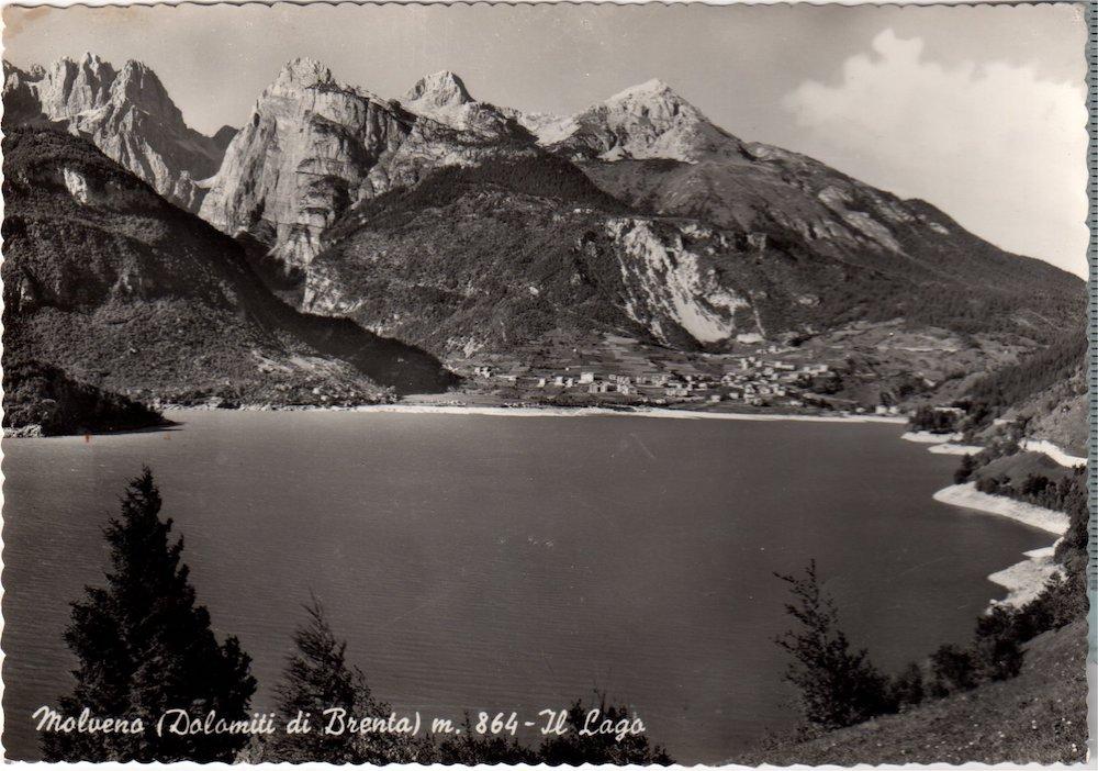Molveno lago e montagne