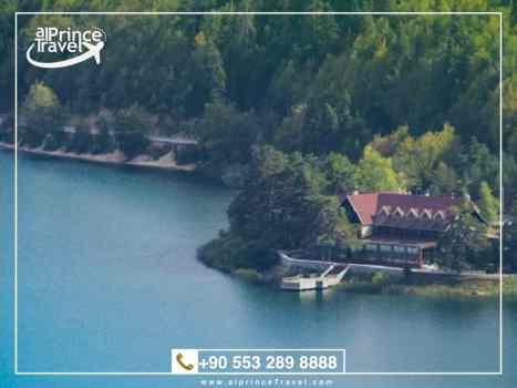 جدول سياحي لتركيا لمدة 9 ايام - بحيرة ابانت.001