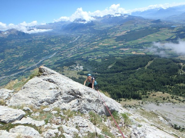 pic-daiguille-multi-pitch-climb-with-undiscovered-mountains