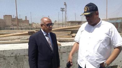 صورة النائب عبد النعيم حامد يحصل على دعم مالى للأندية فى حلوان
