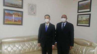 صورة وزير الصحة السوداني يلتقي السفير الصيني لدى السودان