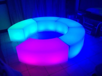 mesas cocteleras LED 3