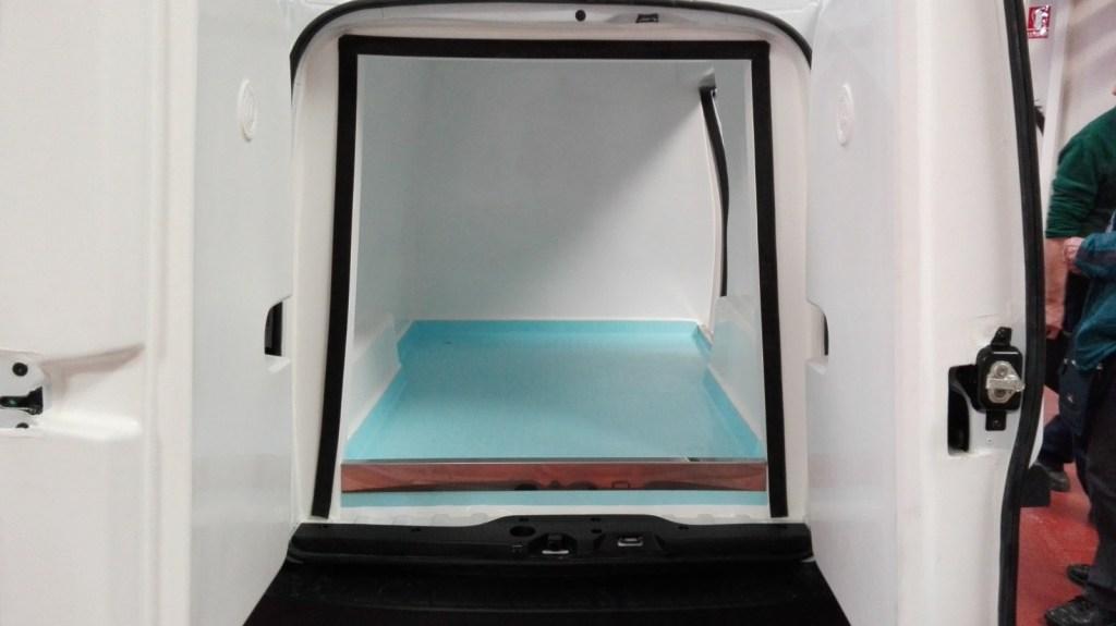 Interior de un furgón isotermo