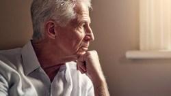 كم سنة يعيش مريض الزهايمر