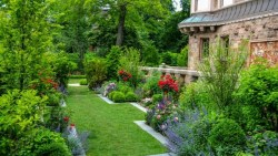 أجمل صور موديلات حدائق منزلية صغيرة خارجية 2020