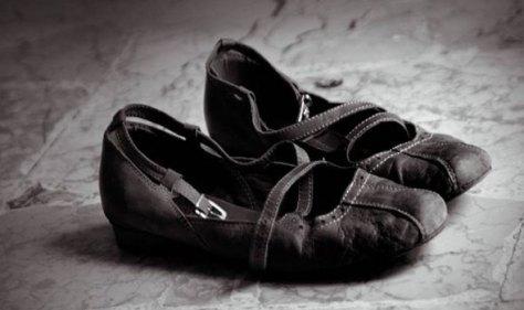 تفسير حلم الحذاء القديم في المنام