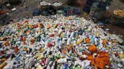 تفسير حلم تنظيف القمامة والنفايات في المنام
