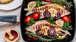 تفسير حلم أكل السمك مع الأقارب في المنام