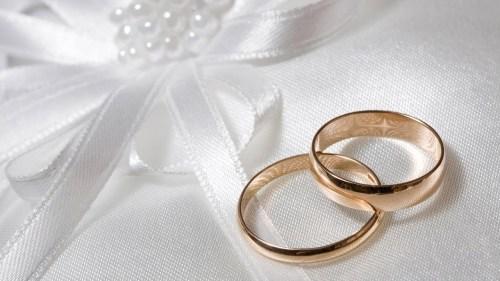 تفسير حلم الزواج من شخص ميت في المنام