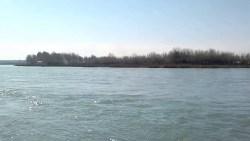 تفسير حلم الوقوع في النهر في المنام