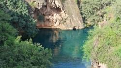 تفسير حلم الارض الخضراء والنهر للعزباء في المنام