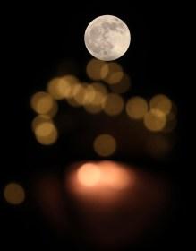 تفسير حلم انشقاق القمر في المنام