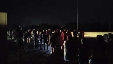 Photo of اعتصام لبعض المحتجين على اوتستراد انصارية