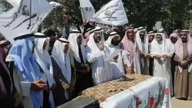 صورة بعد عودة الاغتيالات لقبيلة العكيدات.. هذا موقف الشيخ طليوش من ميليشيا قسد