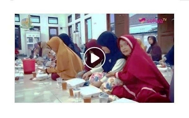Menggelar Buka Puasa Di Desa Tirtayasa Banten