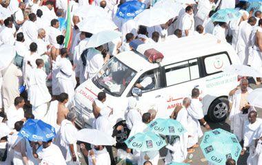 الصحة تجهز 177 سيارة اسعاف لخدمة ضيوف بيت الله