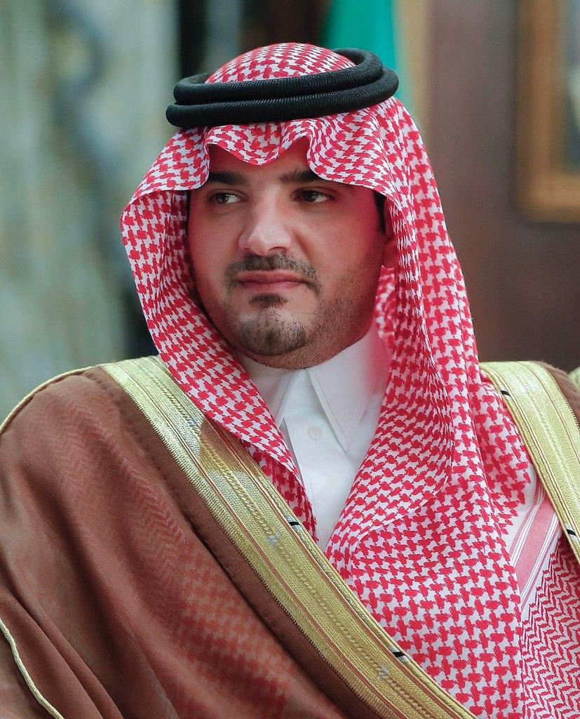 وزير الداخلية يعتمد الخطة العامة للطوارئ في الحج