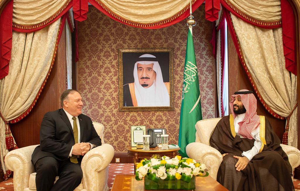 ولي العهد يلتقي وزير الخارجية الأمريكي ويؤكدان على تصديهما للنشاطات الإرهابية الإيرانية