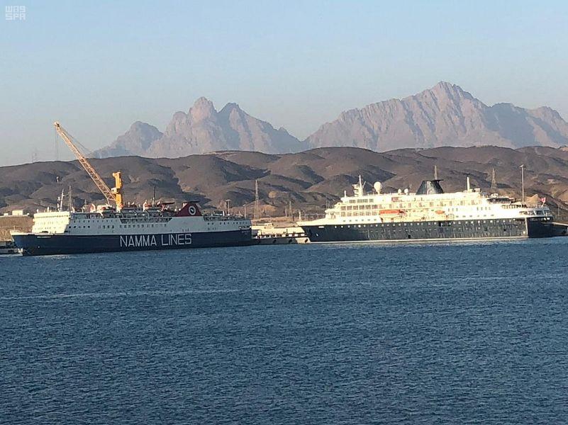 ميناء ضباء يستقبل السفن بجميع أنواعها بطاقة تفوق 10 ملايين طن سنويا