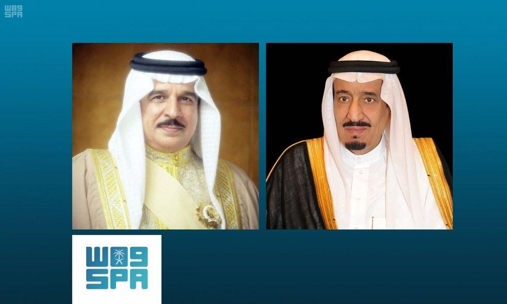 خادم الحرمين الشريفين يتلقى اتصالا هاتفيا من ملك البحرين