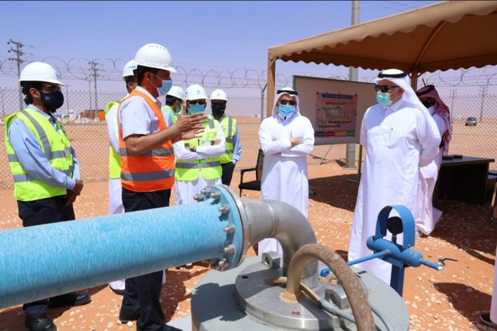 الوزير الفضلي يتفقد سير العمل بمشروع نقل المياه المحلاة إلى محافظة الخرج ومحطتي سعد 1 وسعد 2