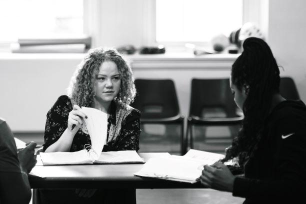 02 RET R&BL rehearsals (L-R) Miranda Cromwell (Director) & Kiza Deen (Lou, Olu) - Photo by Ella Mayamothi small