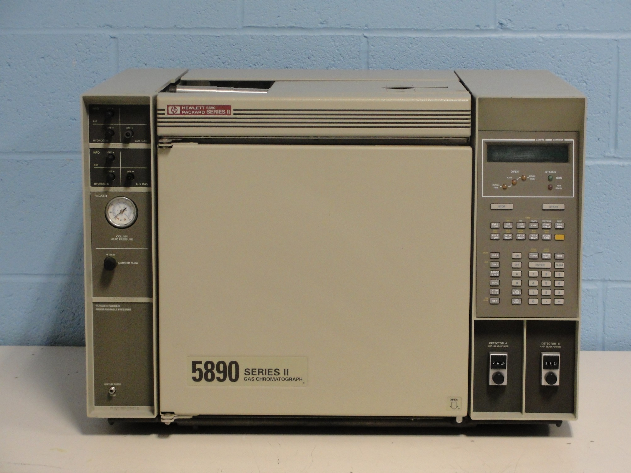 Refurbished Hewlett Packard Gas Chromatograph System