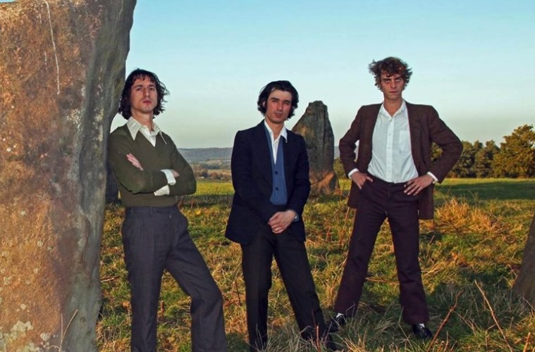 Menacing 80s synth pop aplenty on Fat White Family's new single, Feet