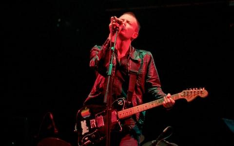 Radiohead - Gastonbury, 1997, ( CREDIT: EDD WESTMACOTT/ALAMY STOCK PHOTO)
