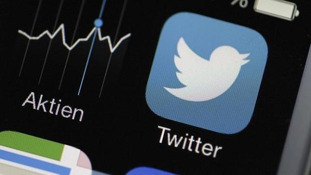 Twitter añade reacciones con emojis a losMensajes Directos