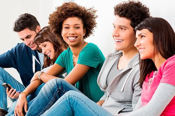 Mercantil busca jóvenes venezolanos universitarios que deseen desarrollar su carrera en el campo digital