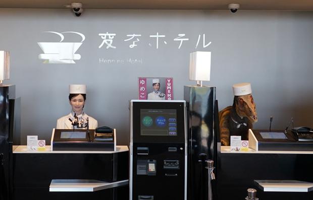 Robots hotel Henn-na Japón