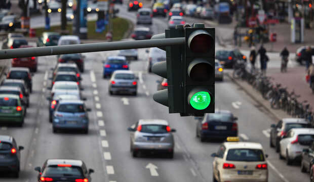 Audi ayuda a los conductores a evitar las luces rojas de los semáforos