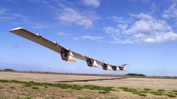Avión no tripulado Hawk 30