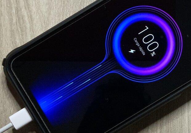 ¡Nuevo record! Carga rápida Xiaomi para smartphone de 0 a 100% en 8 minutos