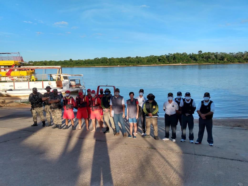 Equipe do Corpo de Bombeiros e fiscalização ambiental parte de Aruanã (foto divulgação)
