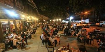 Com novo decreto, aos finais de semana os bares não poderão funcionar. Foto: divulgação/redes sociais.