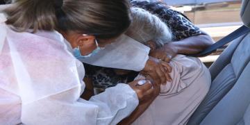 Vacinação contra a covid-19 em Senador Canedo continua neste feriado de sexta-feira (2). Foto: divulgação/prefeitura de Senador Canedo.