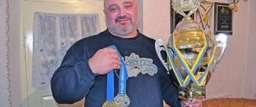 viktor kochmar preot campion powerlifting ucraina_t