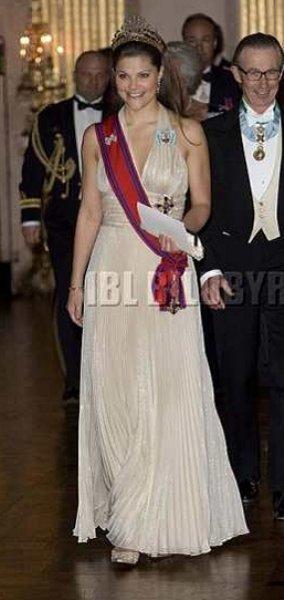 princess-victoria-sweden-02.jpg