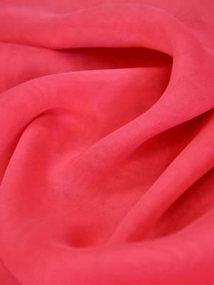 Шифон шелк яркий ягодно-розовый оттенок_02