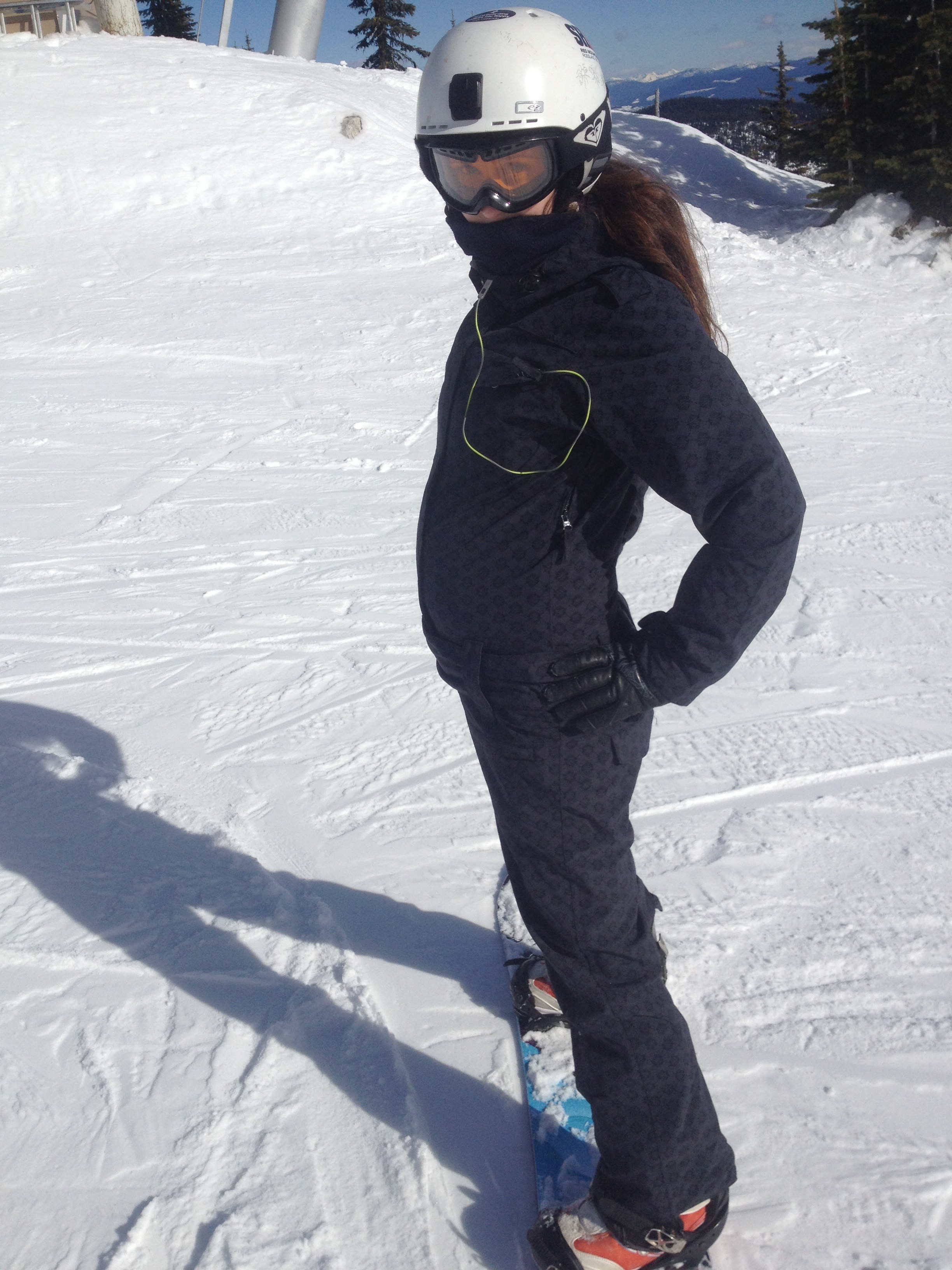 Snowboarding at 20 Weeks Pregnant - I had to start wearing my onesie because my snow pants didn't fit anymore.