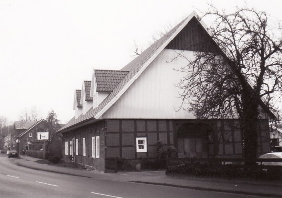 -3- der ehemalige Hof Burwinkel, Hülsmann, heute Frisörsalon